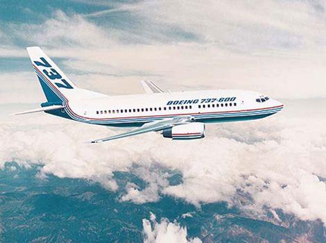 波音-737-600