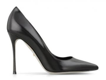 塞尔吉奥·罗西黑色皮革尖头高跟鞋