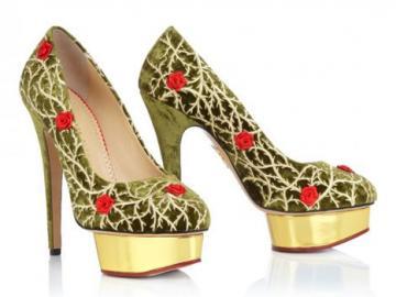夏洛特·奥林匹亚饰玫瑰天鹅绒高跟鞋