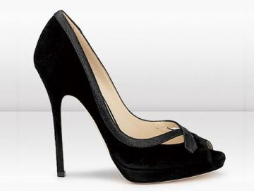 周仰杰黑色麂皮鱼嘴高跟凉鞋