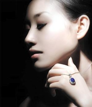 彩色宝石的保养方法1