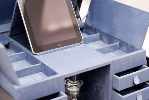 世上最贵的iPad新特丹迪绅士皮箱