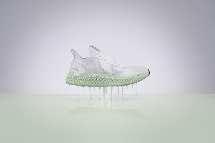 Adidas与Prada联名鞋款释出! 街头潮流与精品跨界再加一,穿搭就选它! -1